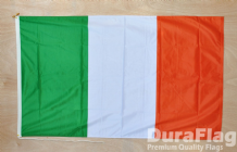 "REPUBLIC OF IRELAND - 18"" x 12"" WITH ROPE & TOGGLE (45cm x 30cm)"